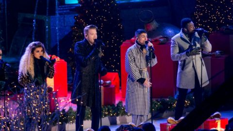 a cappella groups steals show at rockefeller christmas tree lighting with o come all ye faithful - Rockefeller Christmas Show