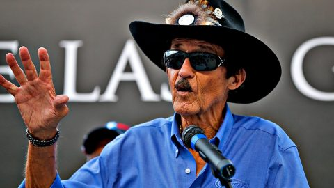 Richard Petty Finally Announces New Driver For Historic #43   Country Music Videos