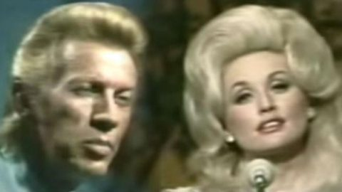 Porter Wagoner and Dolly Parton – Jeannie's Afraid Of The Dark | Country Music Videos