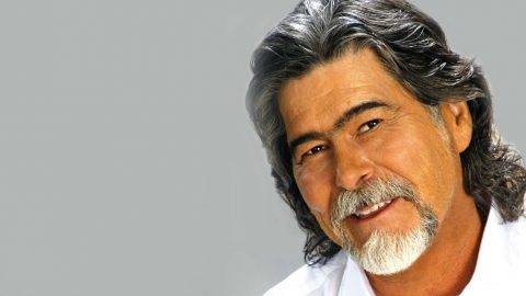 A Tribute To Alabama's Frontman Randy Owen | Country Music Videos