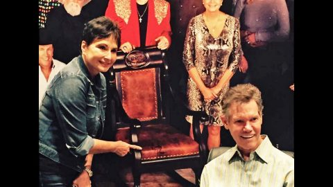 SPOTTED: Randy Travis Makes First Appearance In Months | Country Music Videos