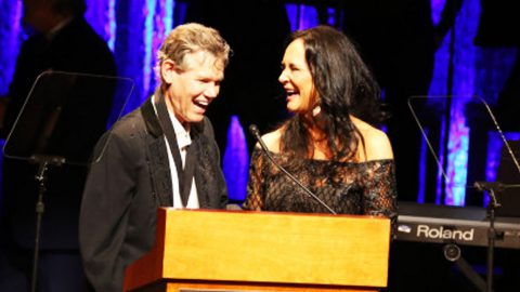 Randy Travis To Sing During Massive Tribute Concert | Country Music Videos