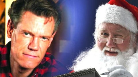 Randy Travis – Santa Claus Is Coming To Town (VIDEO) | Country Music Videos