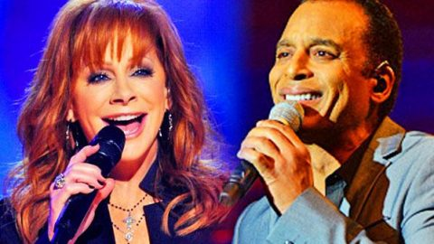 Reba McEntire and Jon Secada – We're All Alone (WATCH) | Country Music Videos