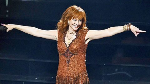 Did Reba McEntire Really Have A 'Dance' Hit? | Country Music Videos