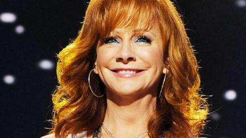 Reba Spotted On Lunch Date With Music Legend | Country Music Videos