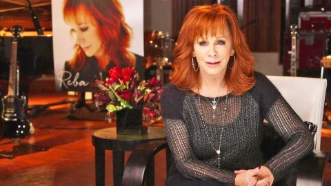 Reba McEntire Gives Explanation For Seemingly Sudden Divorce | Country Music Videos
