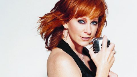 Reba Sponsors Country Singing Competition | Country Music Videos