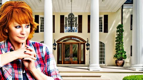 New Buyer Wants To Turn Reba's Beloved Old Home Into Something Very Different | Country Music Videos