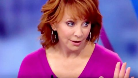 Reba McEntire Reveals Unexpected View On Politics | Country Music Videos