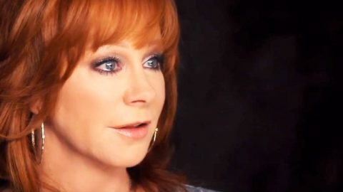 Reba McEntire Begs Us All To 'Pray' | Country Music Videos
