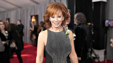 Reba McEntire Walks Grammy Awards Red Carpet With New Beau | Country Music Videos