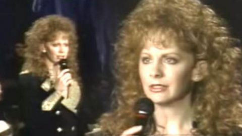 Reba McEntire – For My Broken Heart (Live) (WATCH)   Country Music Videos