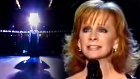 Reba McEntire – If I Had Only Known (Live) | Country Music Videos