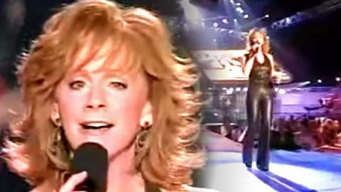Reba McEntire – My Sister (Live) (WATCH) | Country Music Videos