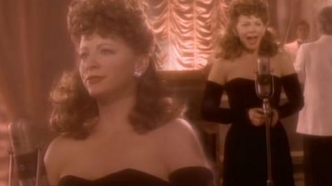 Reba McEntire – Sunday Kind Of Love | Country Music Videos