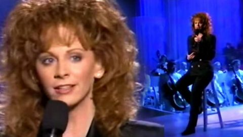 Reba McEntire – Talking In Your Sleep (VIDEO) | Country Music Videos