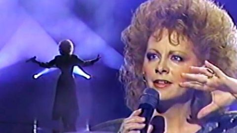 Reba McEntire – The Last One To Know | Country Music Videos
