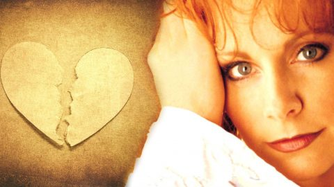 Reba McEntire – There Ain't No Future In This (VIDEO) | Country Music Videos