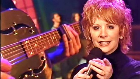 Reba McEntire – What Do You Say (Live) (VIDEO)   Country Music Videos