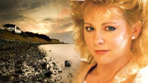 Reba McEntire – Wish I Were Only Lonely (WATCH) | Country Music Videos