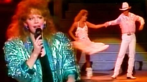 Reba McEntire – Oklahoma Swing (VIDEO) | Country Music Videos