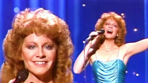 Reba McEntire – (You Lift Me) Up To Heaven (VIDEO) | Country Music Videos