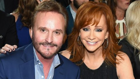 Reba McEntire's Ex-Husband Has A New Girlfriend | Country Music Videos
