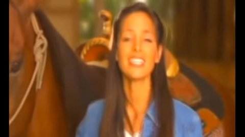 Rare Music Video Surfaces Of Joey Feek Singing During Solo Career | Country Music Videos