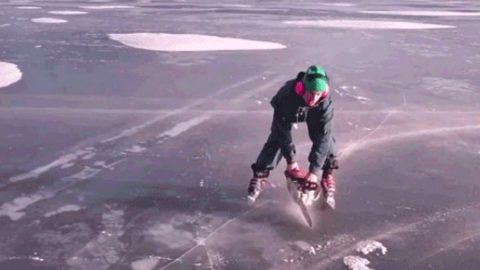 A Man And His Chainsaw Give A Whole New Meaning To Redneck Ice Skating | Country Music Videos