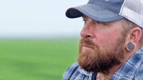 Texas Farmer Breaks Down And It Really Hits Home | Country Music Videos