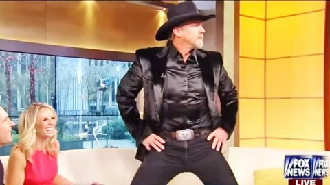 FLASHBACK: Trace Adkins Thrusts His Hips In Risqué Holiday Interview | Country Music Videos