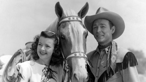 """Story Behind Roy Rogers' Theme Song """"Happy Trails"""" Revealed 