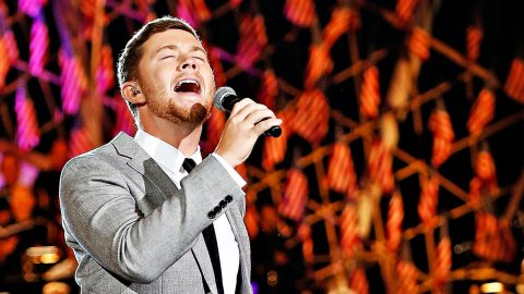 Scotty McCreery's Powerful 'Star-Spangled Banner' Performance Is Everything You Dreamed It Would Be | Country Music Videos