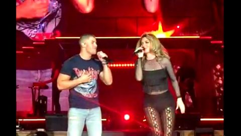 Audience Loses It When Shania Twain Brings Out Surprise Guest For Duet | Country Music Videos