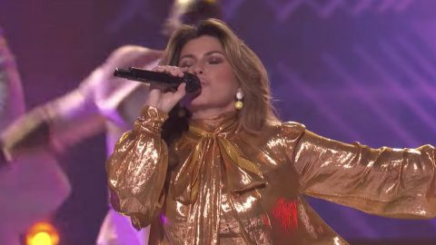 Shania Twain Rocks The House With Dance-Worthy Performance Of 'Life's About To Get Good' | Country Music Videos