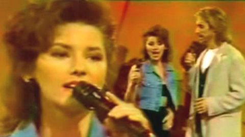 Shania Twain Sings 'Delta Dawn' and 'I Want You, I Need You' (Rare Video) | Country Music Videos