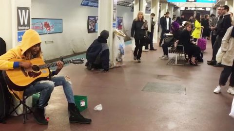 Subway Performer Amazes Passengers With 'Landslide' Cover | Country Music Videos