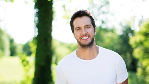 Luke Bryan's Proves He's A 'Southern Gentleman' With New Song | Country Music Videos