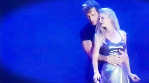 Patrick Swayze Leaves Audience In Tears During First Dance With Wife Of 34 Years | Country Music Videos
