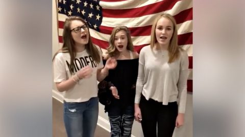 Teen Trio Goes Viral With Impromptu National Anthem Performance After Mom Posts Video Online | Country Music Videos