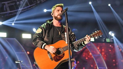Thomas Rhett Delivers Flawless Cover Of One Of His Famous Dad's Biggest Hits | Country Music Videos