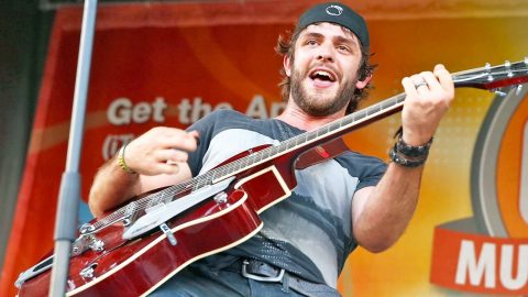 Thomas Rhett Fell Off Stage, What Happened Next SURPRISED Everyone! | Country Music Videos