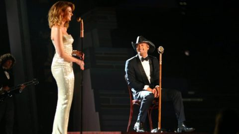 Tim McGraw & Faith Hill Go Live On Facebook To Make Huge Announcement | Country Music Videos