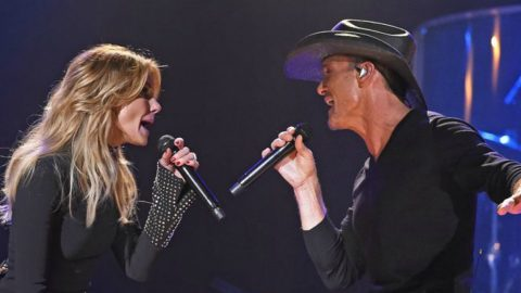 Tim McGraw And Faith Hill Reveal Dates For Their 2017 Soul2Soul World Tour   Country Music Videos