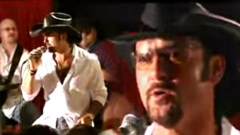 Tim McGraw – Can't Tell Me Nothin (Live) | Country Music Videos