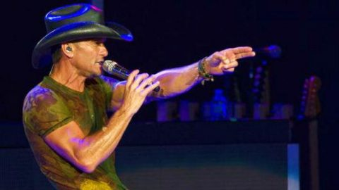 Tim McGraw – Live Like You Were Dying (Live) (VIDEO) | Country Music Videos