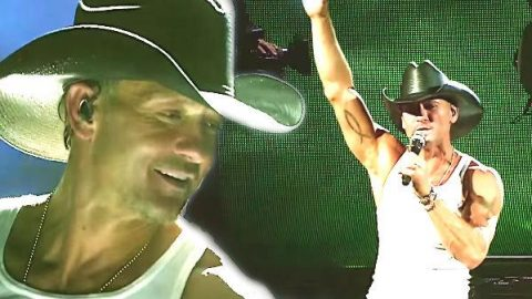 Tim McGraw – The View (Sundown Heaven Town Tour Exclusive) (VIDEO)   Country Music Videos