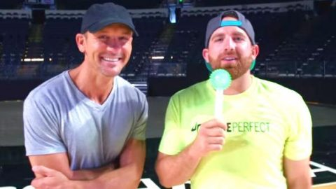 Tim McGraw Trick Shots With Dude Perfect (WATCH)   Country Music Videos