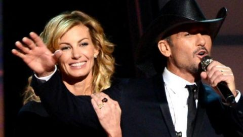 Tim McGraw and Faith Hill – Good Hearted Woman (CMA Awards 2012) | Country Music Videos